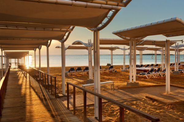 гостиница Краун Плаза Мертвое море