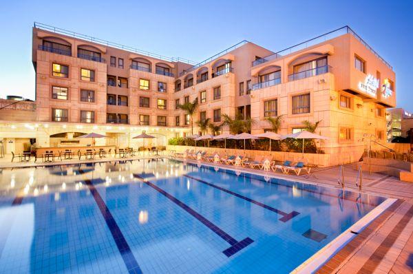 מלון הכל כלול אסטרל נירוונה קלאב