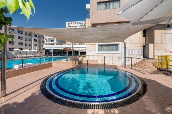 בית מלון אסטרל נירוונה קלאב הכל כלול אילת