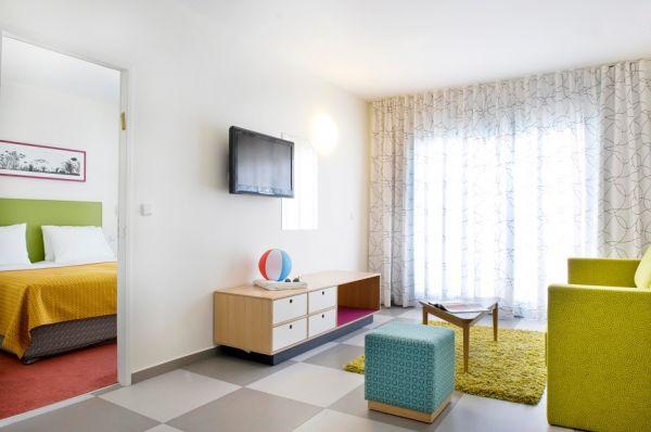בית מלון נובה לייק