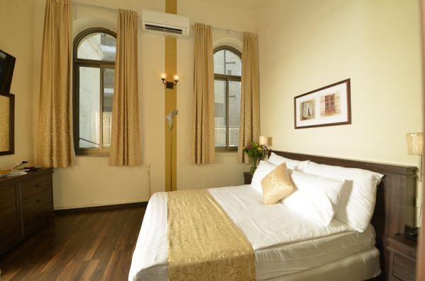 בית מלון בית קטן בבקעה ב ירושלים