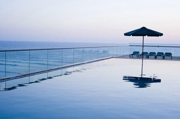 отель Леонардо Свит Тель Авив