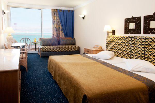בית מלון קראון פלזה ים המלח - חדר סטנדרט