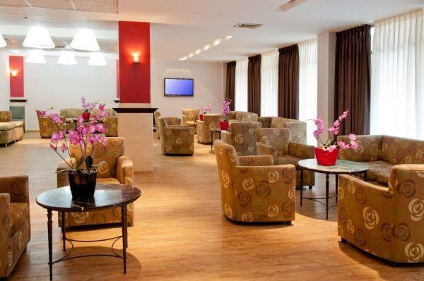 בית מלון לאונרדו אין ב ים המלח