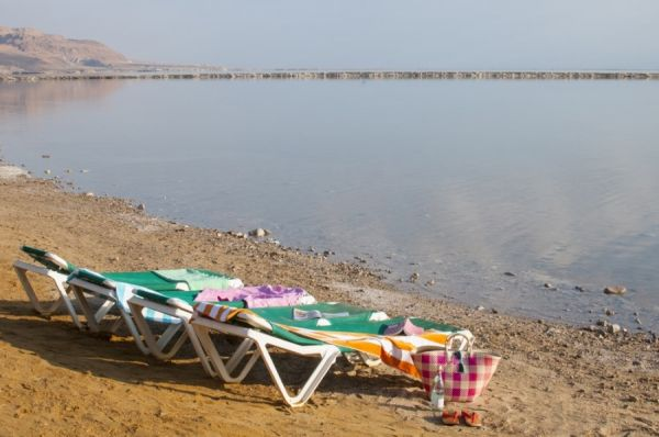 בית מלון לאונרדו אין ים המלח