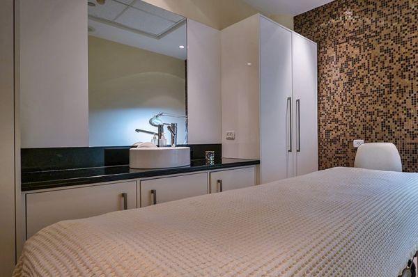 מלון דה לוקס ישרוטל  ים המלח