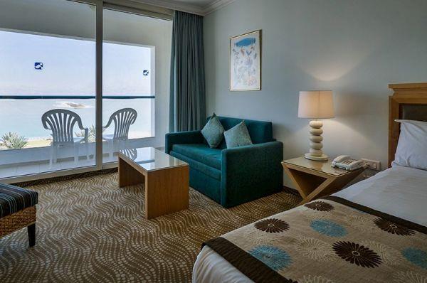отель люкс Исротель 5 звезд Мертвое море - Стандартный номер с  видом на море