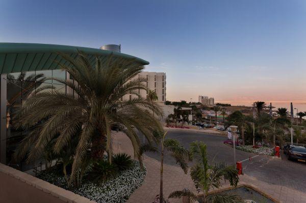 בית מלון אואזיס ים המלח