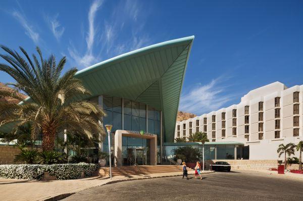 בית מלון אואזיס בים המלח