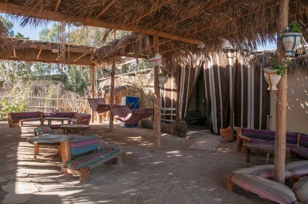 כפר הנוקדים בית הארחה ים המלח