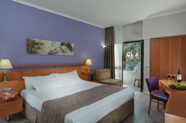 отель Леонардо Привиледж все включено - Номер Superior Pool View