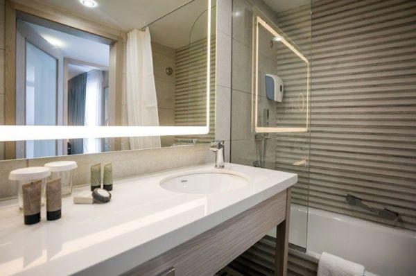 בית מלון אסטרל ויליג' ב אילת