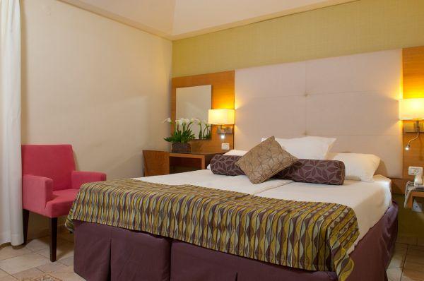 בית מלון אסטרל ויליג' ב אילת - חדר סטנדרט