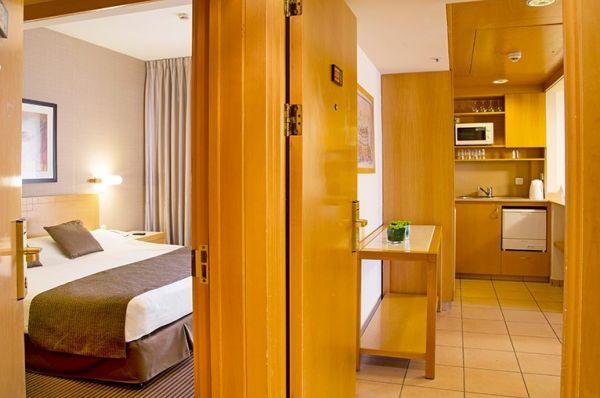 בית מלון אילת ישרוטל רויאל גארדן - סוויטה משפחתית