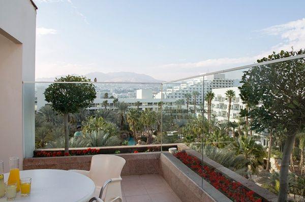 בית מלון ישרוטל רויאל גארדן ב אילת - סוויטה משפחתית