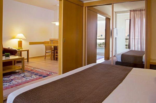 בית מלון ישרוטל רויאל גארדן אילת - סוויטה סופריור