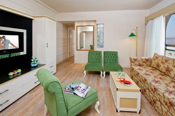 гостиница люкс  Херодс Палас в Эйлат - Номер-люкс Castle Club