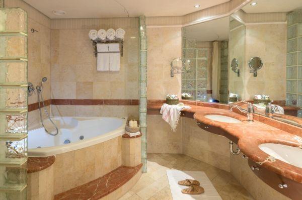 гостиница люкс  Херодс Виталис в Эйлат - Свита Executive