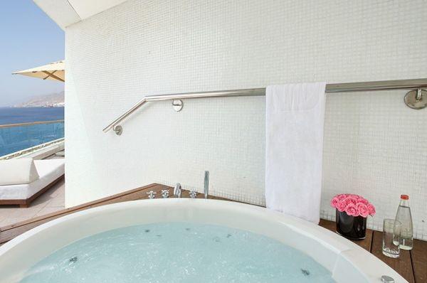 מלון 5 כוכבים ישרוטל רויאל ביץ` באילת - סוויטה בלוויסטה