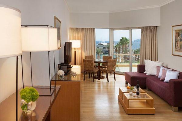 בית מלון יוקרתי ישרוטל רויאל ביץ` - סוויטה ג'וניור