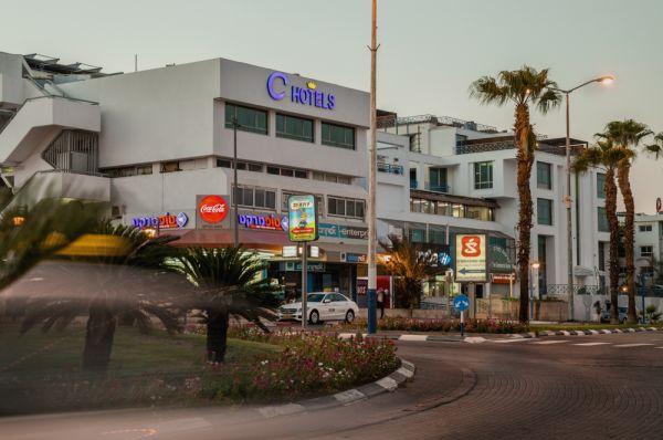 отель Пальмс ( бывший Си Отель)