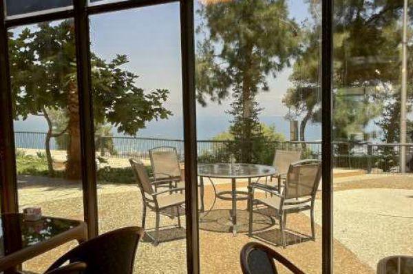 בית מלון ביי וויו  בחיפה