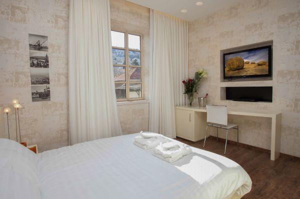 טמפלרס מלון בוטיק חיפה