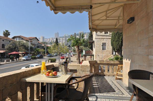 בית מלון קולוני בחיפה