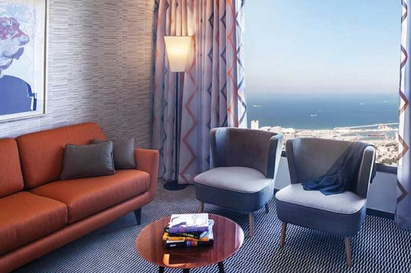 בית מלון דן פנורמה ב חיפה