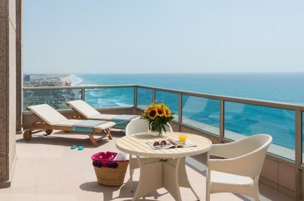 בית מלון לאונרדו פלאזה בחיפה
