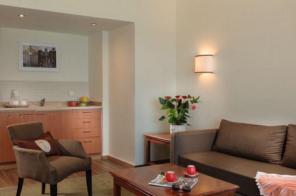 בית מלון לאונרדו פלאזה ב חיפה - סוויטה דלקס