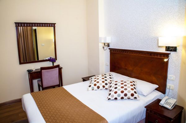 בית מלון חיפה סאטורי