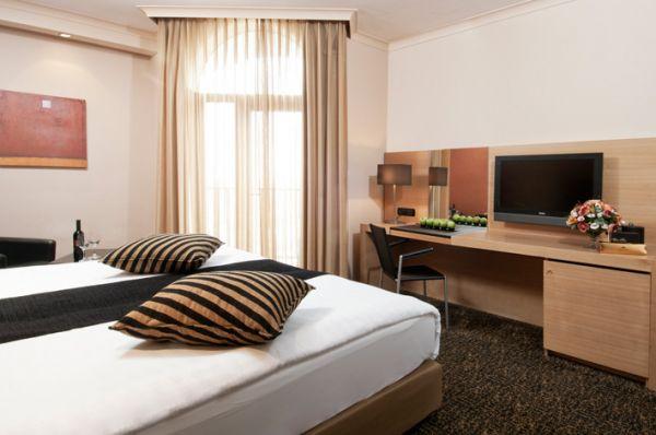 בית מלון קראון פלזה ב ירושלים - חדר קלאב