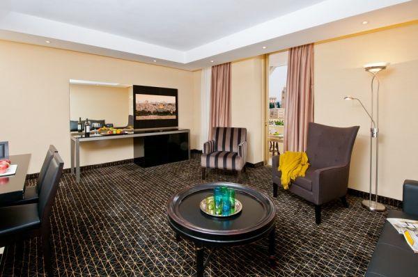 בית מלון לאונרדו פלאזה - סוויטת ג'וניור