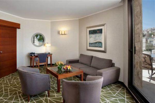 מלון דה לוקס ענבל בירושלים