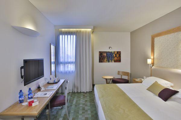 בית מלון פרימה פארק בירושלים - חדר דלקס