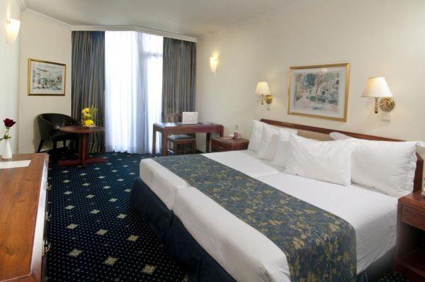 בית מלון רמדה - חדר דה לוקס