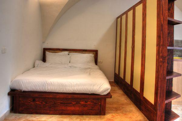 בית מלון חצר השוק ירושלים - דירות סטודיו סופריור - סטודיו קמרון