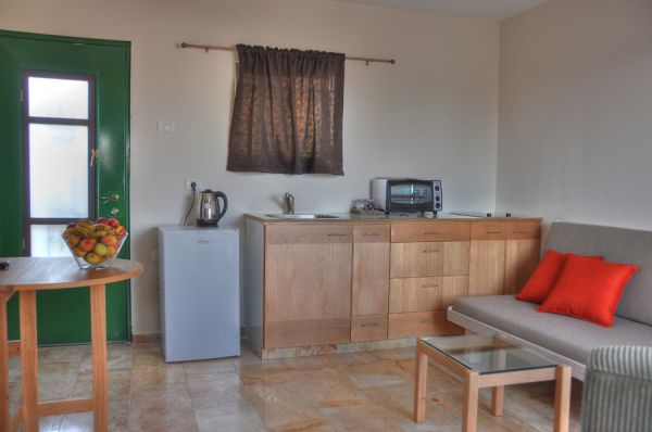 בית מלון חצר השוק ב ירושלים - דירות סטודיו סופריור - סטודיו קמרון