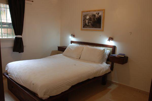 בית מלון חצר השוק - דירות חדר שינה וסלון