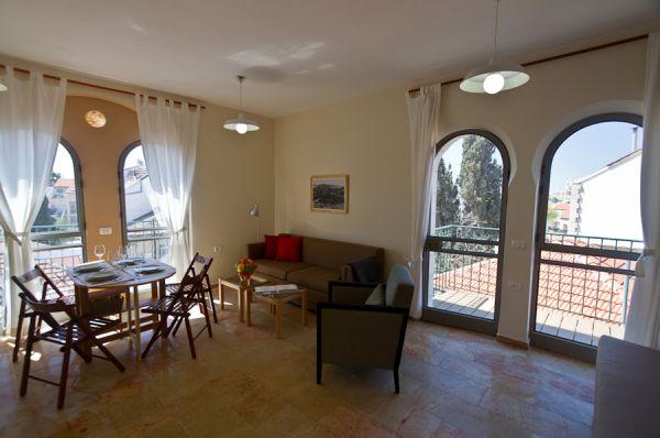 в Иерусалим и Иудея Маркет Кортъярд - Угловые квартиры - апартаменты со спальней и большой гостиной