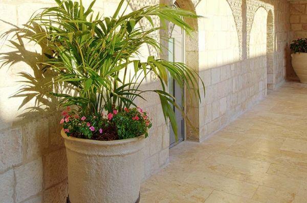 ב ירושלים הבית הספרדי