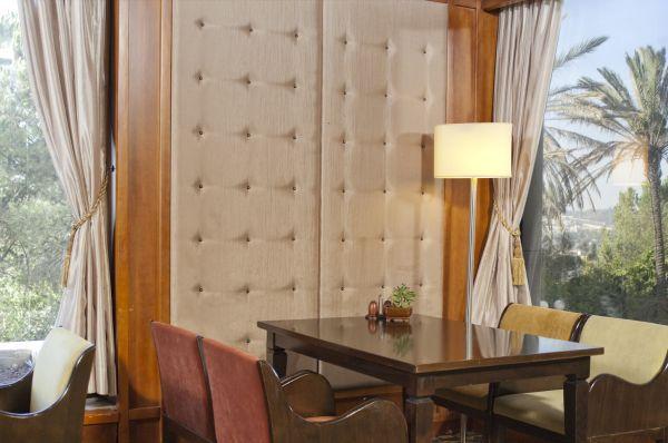 отель Верт (Краун Плаза)