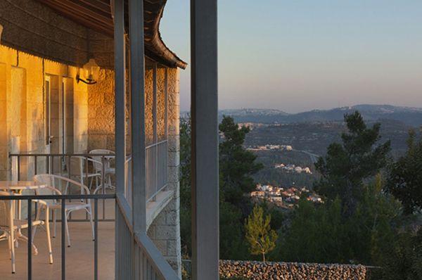 בית מלון יערים ירושלים - חדר דה-לוקס