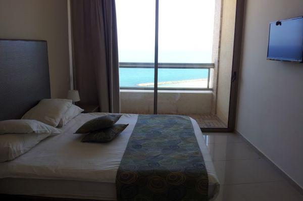 בית מלון בלו וייס בנתניה ומישור החוף