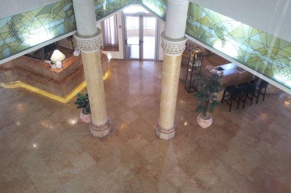 בית מלון בלו וייס