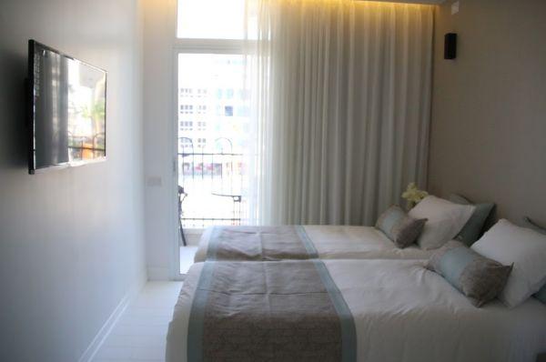 כיכר מלון בוטיק נתניה ומישור החוף