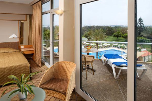 בית מלון נתניה ומישור החוף דן