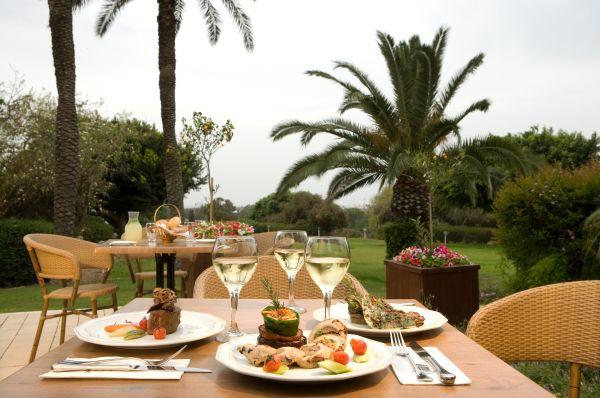 בית מלון דן ב נתניה ומישור החוף