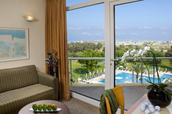 בית מלון דן ב נתניה ומישור החוף - דלקס PV